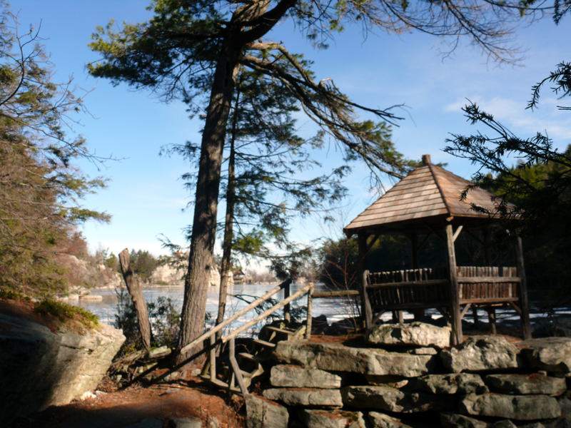 by lake Mohonk  800 72